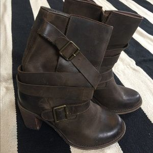 Jeffrey Cambell brown distressed Ibiza boot